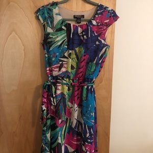 Signature by Robbie Bee colorful dress size 4P